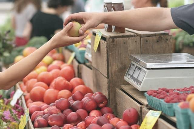 Pasar Buah Pelanggan dan Penjualan Gambar
