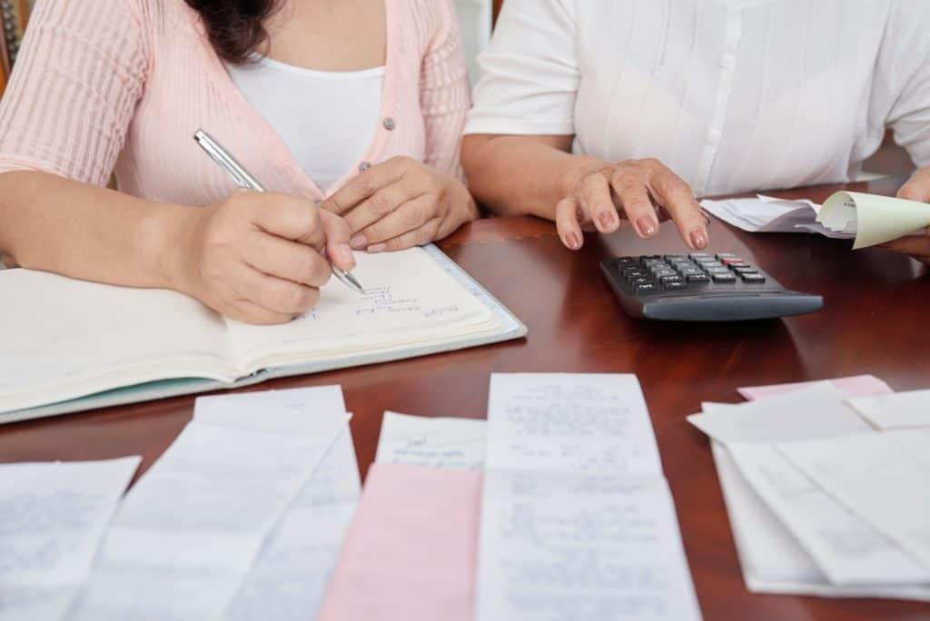 hubungan-faktor-pembelian-dan-faktor-pajak