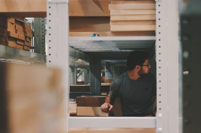 tips-menjalankan-manajemen-gudang