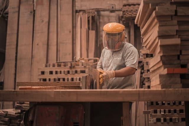 biaya-material-biaya-tenaga-kerja-overhead-pabrik