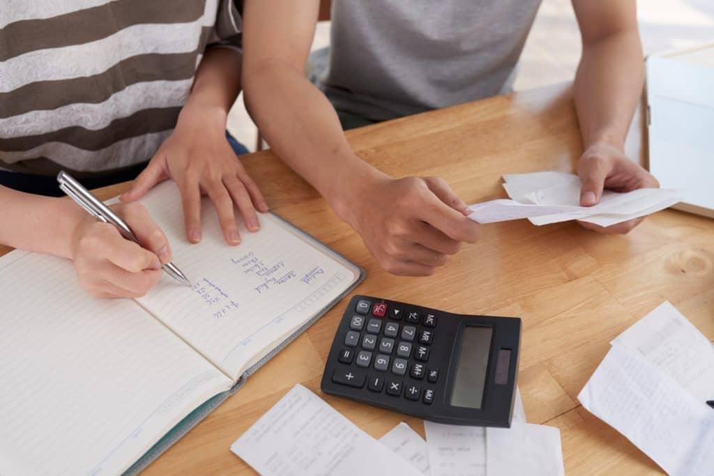 manfaat-nota-penjualan-memudahkan-laporan-keuangan