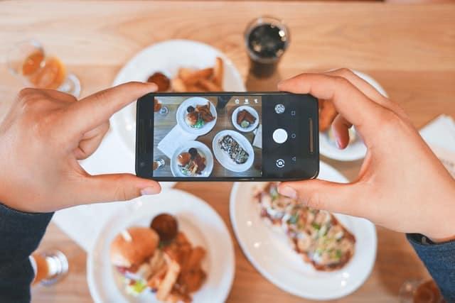 update-menu-restoran-di-sosial-media