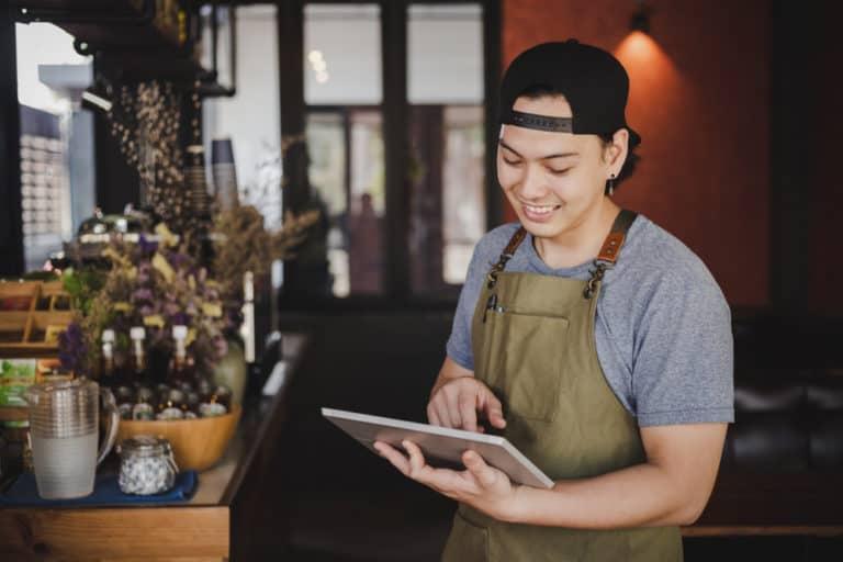 software-akuntansi-restoran-terbaik